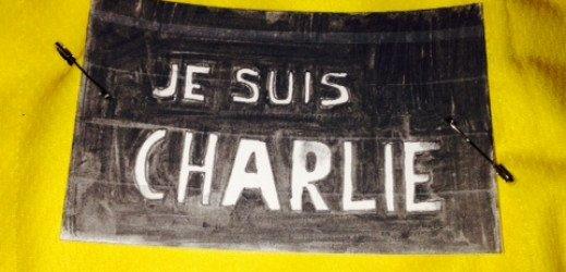 Dossard prêt pour aller rouler demain. #JesuisCharlie